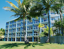 Hotel Ocean International - Mackay, Australia - Ocean International Beach Front View