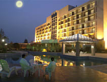 Jinling Riverside Conference Hotel - Nanjing, China -