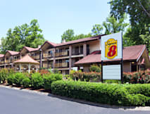 Super 8 Gatlinburg Downtown - Gatlinburg, Tennessee -
