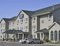 Travelodge & Suites - Moorhead, Minnesota -