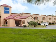 Travelodge Airport Inn - Fort Myers, Florida - 