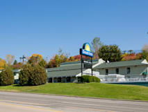 Days Inn - Wisconsin Dells, Wisconsin -