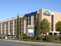 Days Inn Oakland Airport - Oakland, California -