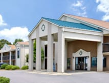 Days Inn - Mooresville, North Carolina -