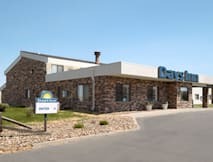 Days Inn - Glendive, Montana -