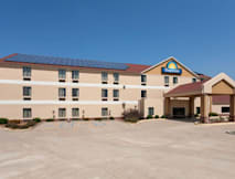 Days Inn - Jefferson City, Missouri -