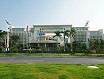 Days Hotel and Suites Sanya Resort - Sanya, China - 