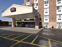 Howard Johnson Hotel at the Falls - Niagara Falls, New York -