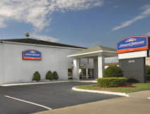 Howard Johnson Inn - Virginia Beach, Virginia - 