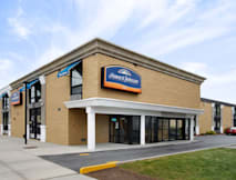 Howard Johnson Inn Queens Village - New York, New York -