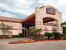 Howard Johnson Inn & Suites - San Antonio, Texas -