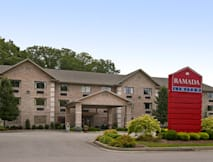 Ramada Limited - Huntington, West Virginia -