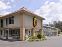 Super 8 Motel - Black Mountain, North Carolina -