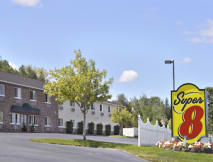 Super 8 Motel - Petoskey, Michigan -