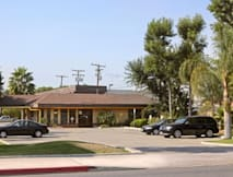 Super 8 Costa Mesa/Newport Beach Area - Costa Mesa, California -