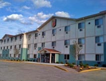 Super 8 Motel - Cromwell, Connecticut -