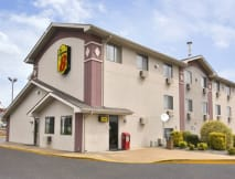 Super 8 Motel - Aberdeen, Maryland -