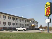 Super 8 Motel - Jefferson City, Missouri -