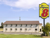 Super 8 Motel North - Aberdeen, South Dakota -