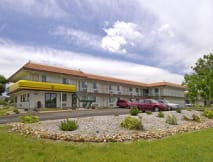 Super 8 Motel - Aurora, Colorado -