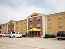 Super 8 Motel - Bedford, Texas -
