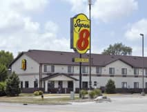 Super 8 Motel - Ankeny, Iowa -