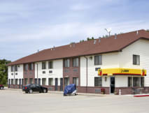 Super 8 Motel - Central City, Nebraska -