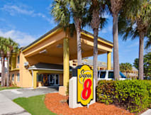 Super 8 Dania - Dania Beach, Florida -