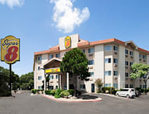 Super 8 North Motel - Austin, Texas - 