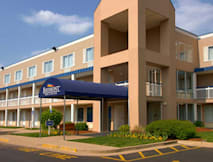 Baymont Inn & Suites Louisville East - Louisville, Kentucky -