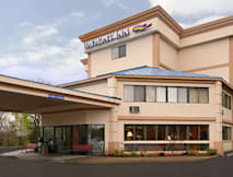 Baymont Inn &amp; Suites West Lebanon - West Lebanon, New Hampshire - 