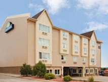 Days Inn Colorado Springs - Colorado Springs, Colorado - 