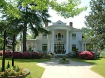Breeden Inn, Cottages & Retreat B&B - Bennettsville, South Carolina -