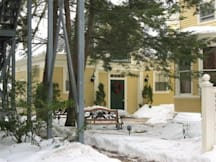 A Cambridge House Bed & Breakfast Inn - Cambridge, Massachusetts -