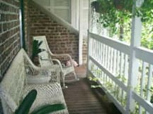 Bed &amp; Breakfast Inn - Savannah, Georgia - 