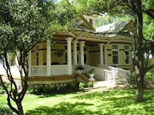 1908 Ayres Inn - San Antonio, Texas -