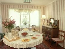 Bath Street Inn - Santa Barbara, California -