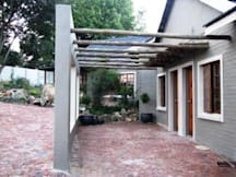 Mzanzi Rock Guest House B & B - Johannesburg, South Africa -