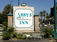 Abby&#039;s Anaheimer Inn - Anaheim, California - 