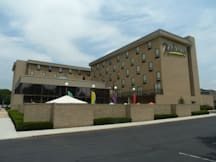 Radisson Hotel Philadelphia Northeast - Trevose, Pennsylvania -