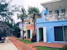 Coral Harbour Beach House & Villas - Nassau, Bahamas -