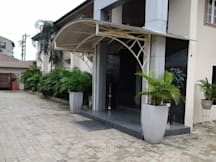 Thornberry Pearl Manor Suites - Abuja, Nigeria -