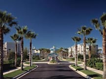 Oasis Lakes At The Fountains - Orlando, Florida -