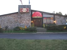 Red Carpet Inn - Charlottesville, Virginia -
