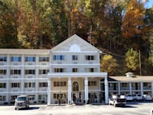 Cherokee Grand Hotel - Cherokee, North Carolina - 