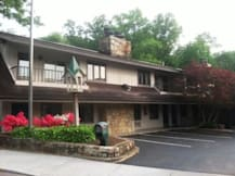 Sidney James Mountain Lodge - Gatlinburg, Tennessee -