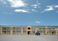 Americourt Hotel and Conference Ctr - Kingsport, Tennessee -