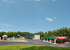 Econo Lodge - Branson West, Missouri -