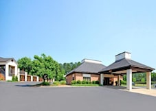 Quality Inn - Sanford, North Carolina - 