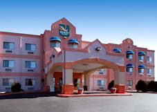 Quality Suites - Albuquerque, New Mexico -